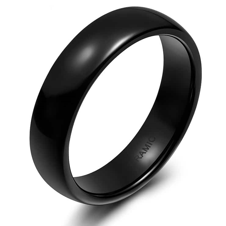 "Ring in ceramics ""Black"""
