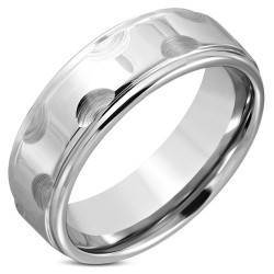 Tungsten Ring with edge